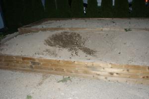 dirt dirt everywhere, where the heck's my drink!